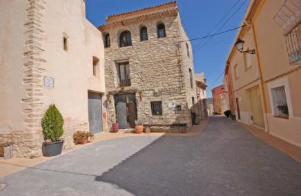Town House in Vall de Alcala