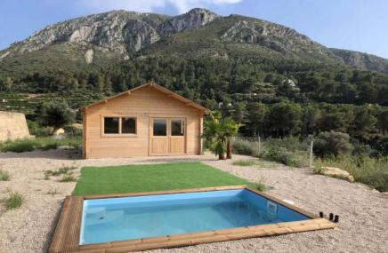 Country Property in Pego